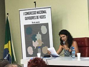 A psicóloga Daiana participa do Primeiro Congresso Nacional de Ouvidores de Vozes.