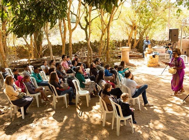 roda de conversa promovida durante festival de artes